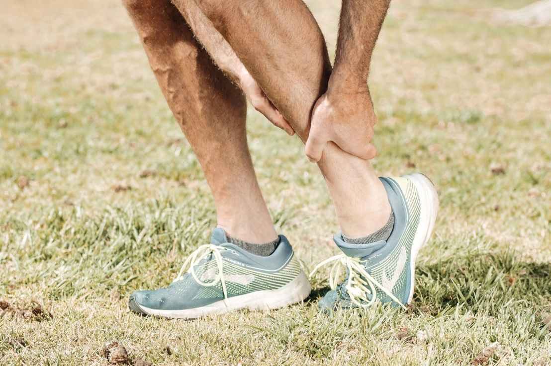 7 Causes Of Sudden Ankle Pain WithoutInjury